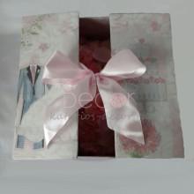 Подарочная упаковка к розовому сердцу - подарок на свадьбу